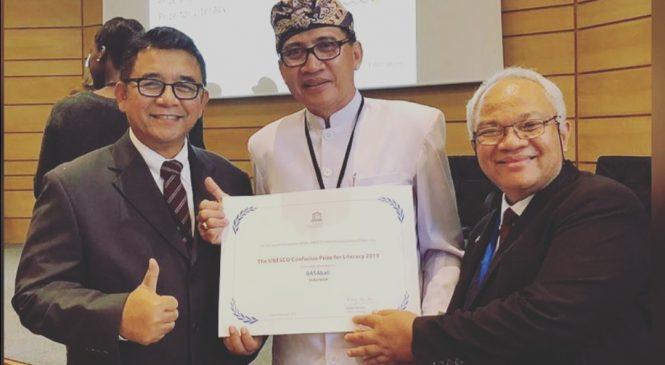 Indonesia Menerima Penghargaan Literasi Dunia