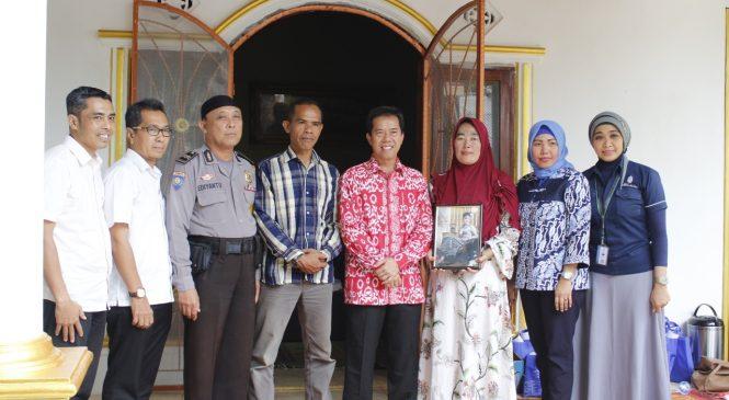 UMB Berikan Dukungan bagi Keluarga dan Berikan Beasiswa Pendidikan untuk Musela Carentia