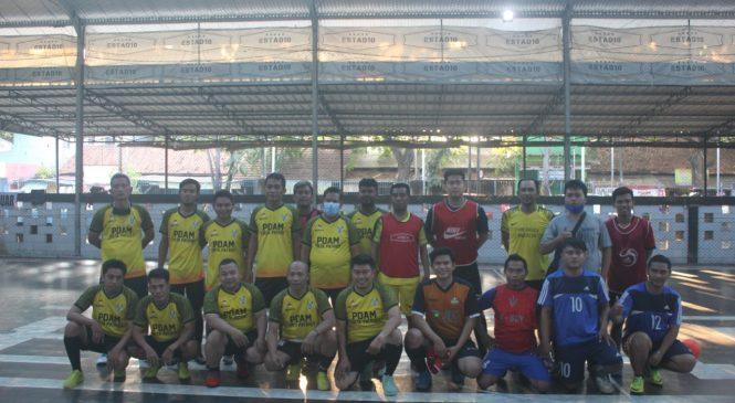 Sinergi dengan Insan Media, PDAM TP Helat Futsal Bareng RUJUK