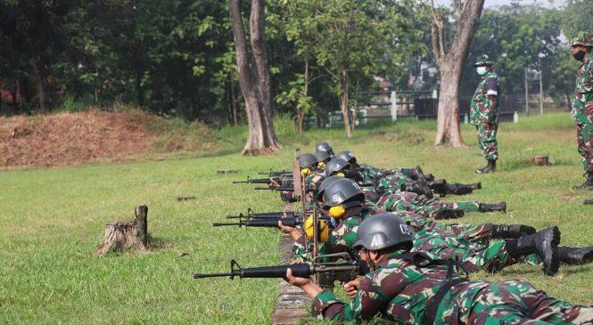Jaga dan Pelihara Kemampuan Menembak,  Ratusan Prajurit Korem 051/Wkt Latbakjatri